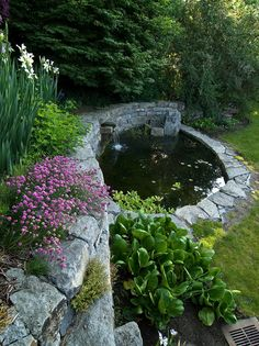 Nice Garden Ponds Decorating with Planters Ideas