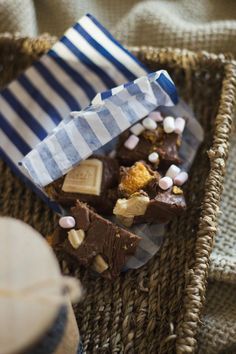 Caramac, Crunchie and Marshmallow Slow Cooker Fudge | Little Paper Swans