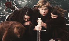 Lucy Pevensie, Edmund Pevensie, Cair Paravel, Narnia 3, Collage Book, Movie Theater, Theatre, Vampire Academy, Chronicles Of Narnia