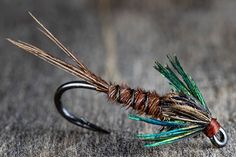 Walleye Fishing Tips, Best Fishing Lures, Bass Fishing Tips, Gone Fishing, Fishing Reels, Fly Fishing For Beginners, Bass Lures, Fly Tying Patterns, Hair Accessories