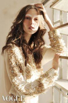 Lorena Maraschi - WAY MODEL no projeto#photovogue da Vogue Italia. Edição: Wagner Kallieno. Beleza: Priscilla Luna.