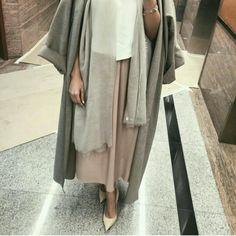 Hijab with long outfits Abaya Fashion, Muslim Fashion, Modest Fashion, Girl Fashion, Fashion Outfits, Casual Hijab Outfit, Hijab Chic, Hijab Dress, Modest Wear