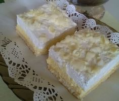 Šľahačkový zákusok Nebíčko v papuľke (fotorecept) - recept Sweet Desserts, Camembert Cheese, Bakery, Deserts, Food And Drink, Cooking, Recipes, Ramadan, Kitchen