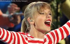 Taylor Swift debuts 'Red' Live