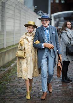 The Best Street Style From Berlin Fashion Week Fall 2018 - Sarah Behn - Modetrends Best Street Style, Cool Street Fashion, Street Style Suit, Classy Street Style, Street Style 2018, Classy Style, Couple Style, Style Me, Old Men Style