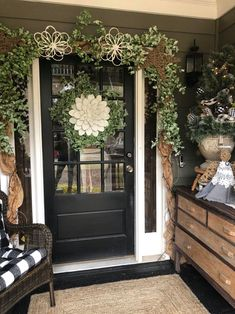 Ways To Decorate Your Front Door - The Shabby Tree - Modern Design Porch Garland, Greenery Garland, Front Door Decor, Wreaths For Front Door, Mesh Wreaths, Yarn Wreaths, Tulle Wreath, Floral Wreaths, Burlap Wreaths