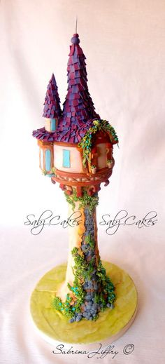 Tangled/Rapunzel - cake by SabzCakes Rapunzel Torte, Rapunzel Flynn, Pretty Cakes, Beautiful Cakes, Amazing Cakes, Tangled Tower, Tangled Birthday, Birthday Cakes, Tangled Party