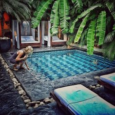 cool 122 Awesome Tropical Home Design with Mini Pool https://wartaku.net/2017/04/15/awesome-tropical-home-design-with-mini-pool/