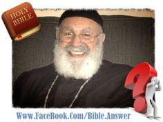 """You Ask and Bible Answer † أنت تسأل والكتاب المقدس يجيب  سؤال عن وصية الله أكرم اباك وامك  """" أكرِمْ أباكَ وأُمَّكَ لكَيْ تَطولَ أَيّامُكَ علَى الأرضِ التي يُعطيكَ الرَّبُّ إلهُكَ.""""  خروج 20: 12  ( إستمع إلي إجابة السؤال بأسفل الصفحة ) – أبونا ميخائيل عبدالملك  أمر الله شعب إسرائيل أن يكرموا أباهم وأمهم. ماذا تعني """"  أكرِمْ أباكَ وأُمَّكَ  """" ؟ هنا ما قام أحد المعلقين بتعريفه:  """"كانت هذه وصية بسيطة من الله، كُتِبت بيديه، وأُرسلت إليهم عن طريق موسى؛ لقد كانت ذات تعليم أخلاقي وذات التزام أبدي…"""