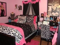 Zebra bedroom decor zebra print wall decor zebra and pink room decor zebra room decor gorgeous . Dream Rooms, Dream Bedroom, Bedroom Romantic, Beautiful Bedrooms, Room Ideas Bedroom, Bedroom Decor, Bed Room, Dorm Room, Wall Decor
