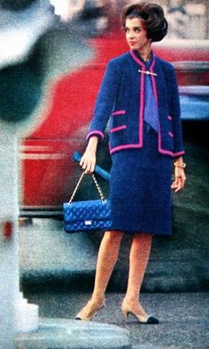 1961 - Chanel suit Marie Claire (France) September 1961. 1960s fashion images.