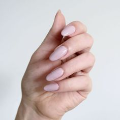 NEW POST: The Morgan Taylor Color Of Petals collection is inspired by flowers - if you're a fan of nudes and soft shades this is perfection! Matte Acrylic Nails, Shellac Nails, Acrylic Nail Designs, Nail Manicure, Nail Art Designs, Nail Polish, Manicures, Morgan Taylor, Gray Nails