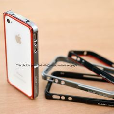 This item is AVAILABLE. ^^  || Blade Aluminum Bumper for Iphone 4.  || Follow on Instagram & Twitter @pcasby_  || Also follow on Instagram & Twitter @klikme_os  || Info & Order : +6287855600077 || Line : helenkusoy || Pin BB : 28A3BEEC || Seller Location : Surabaya - Indonesia || ** all the photos on @pcasby_ account are ours, please don't take/use it without permition.  #iphone #seller #case #casing #jual #jualan #supplier #iphone4 #iphone5 #surabaya #indonesia #blade #bumper