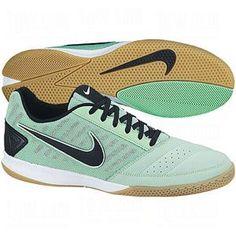 NIKE Mens Gato II Indoor Soccer Shoes