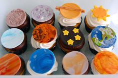 Planet Solar System Edible Cupcake toppers by TutuCuteCakes, $24.00