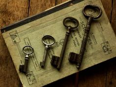Collecting antique keys ???