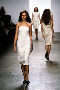 90s Fashion, Runway Fashion, Fashion Show, Fashion Outfits, White Strapless Dress, White Dress, Calvin Klein Collection, Day Dresses, Ready To Wear