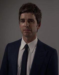 Noel Gallagher, Singer, Singers