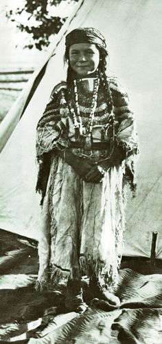 An old photograph of Angelic La Moose [Grand-Daughter of a Flathead Chief] [A].