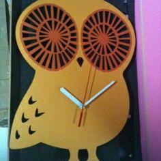 Keunggulan Kami  Mesin Jam : Seiko Quartz Sweep Movemet ( Tidak Berbunyi sedikit Pun)  Material : - Kayu pilihan Berkualitas tinggi - Akrilik dan ABS yang ramah lingkungan  Kelengkapan ; - 1 pcs Battery AA ( sudah termsuk) - Clock Instalation Kit - Packaging kayu yang lux dan mewah* * Khusus tipe MDC & MWC
