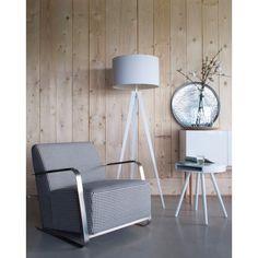 Een bijzettafel is een van de meest ondergewaardeerde meubelstukken, maar dat is verleden tijd met de Hide & Seek van Zuiver.