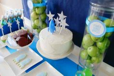 rocket_dessert_table_space_birthday_party_boy_astronaut_67322-02032-0321