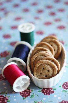 Ginger button cookies!  SOOOO adorable - wouldn't these be the perfect snack for a sewing group as everyone sewed away and chatted and drank tea?