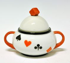 Sugar bowl by Nora Gulbrandsen for Porsgrund Porselen. Production 1931-37.(price list 1931) Model 1865 Decor 5532