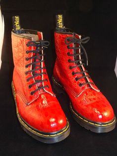 Ankle Length Red Dr Martens -Croc Embossed Leather & Airwair Soles - Size 5