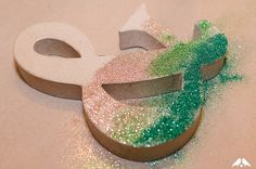 DIY Tutorial: How to Make Glitter Ombre Oversized Monograms   Capitol Romance ~ Real DC Weddings
