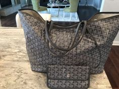 c7fe5b4edc55 Authentic GOYARD St.Louis PM Tote Bag W/Wallet Made In France Grey Leather    eBay
