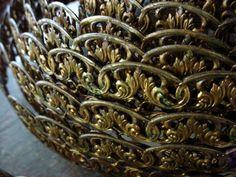 RARE Per Foot Renaissance Vintage Brass Banding Filigree Roman Leaf & Scroll Pattern 1 Inch Natural Patina Jewelry Findings Metal Arts 20g