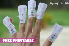 Five Little Bunnies finger puppets and rhyme. Perfect preschool play for Easter! {Playdough to Plato}