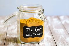"""Universal-Mischung """"Fix für alles"""" - Version """"Curry"""" - Florence Ross Cooking Chef, Cooking Recipes, Savarin, Curry Sauce, Food Hacks, Deserts, Clean Eating, Food And Drink, Low Carb"""