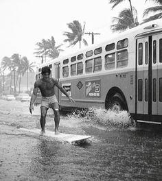 Rainstorm street surfer Waikiki, Honolulu captured by Warren Roll 1960 Vintage Surfing, Surf Vintage, Photo Vintage, Vintage Images, Vintage Hawaii, Into The Fire, Surf Style, Surfs Up, Pics Art