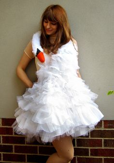 Bjork Swan Dress   •  Free tutorial with pictures on how to make a full costume in 9 steps