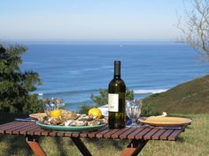 Lunch in winter in the garden … such a sea view!