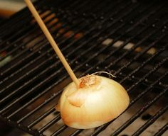 Clean your grill with half an onion. ONLY WORKS WHEN GRILL IS HOT. | 23 Ordinary Objects That Are Cleverer Than You Think