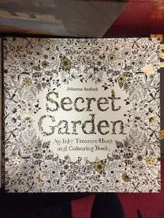 I absolutely adore this decoration and intricate detail taken not only on the cover but throughout - minimal colour, maximum detail
