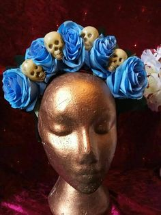 Beautiful blue roses and skulls headdress by me at Thumbelina Bliss. Blue Roses, Handmade Items, Handmade Gifts, Black Glitter, Headdress, My Etsy Shop, Skull, Trending Outfits, Unique Jewelry