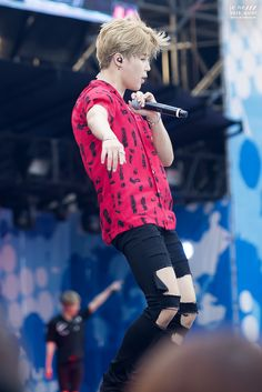 Jimin ❤ #BTS #방탄소년단 at A-nation Fest in Japan.
