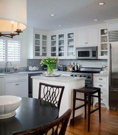 wohnideen küchenlösungen für kleine küchen weiße möbel kücheninsel