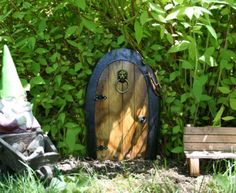 Little fairy doors are popping up all over the place. While they have existed for hundreds of years, in the past couple of years they have become so popular that public woods have had to crackdown on the hundreds getting nailed to trees. A magical tradition or fad out of hand? #garden #ad #ebay