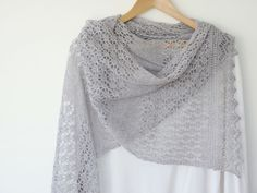 I just published on Ravelry  a new pattern for this gorgeous lacy scarf .   You'll need:   pair of straight needles or circular needl...
