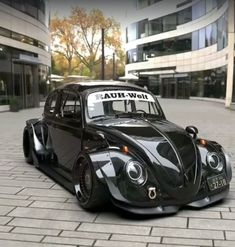 Best classic cars and more! Vw Bus, Car Volkswagen, Vw Super Beetle, Beetle Car, Cool Car Drawings, Vw Classic, Top Luxury Cars, Sweet Cars, Top Cars