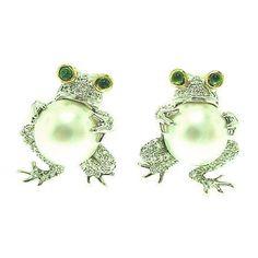 TIFFANY & CO. Pearl Diamond Platinum Frog Earrings