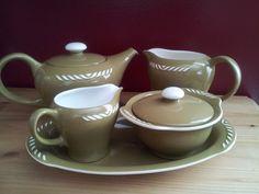 Olivenfarget Sissel / Figgjo Stavanger, Make Beauty, Cream And Sugar, Vintage Coffee, Coffee Drinks, Tea Time, Norway, Scandinavian, Porcelain