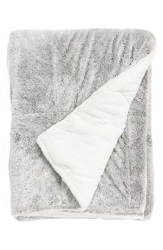 Free shipping and returns on Pem America 'Frosted' Throw at Nordstrom.com. Add a cozy yet sophisticated touch to your living room or bedroom décor with an ultra-plush, quilted throw.