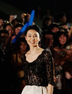 Maggie Cheung (born 20 September 1964), also known as Cheung Man-yuk , is a Hong Kong actress. Raised in England and Hong Kong, she has over 70 films to her credit since starting her career in 1983.Cheung's native language is Cantonese, but she is multilingual, having learned to speak English, Mandarin and French. Maggie Cheung, Style Icons, Actresses, Concert, Image, Yandex, Hong Kong, Career, Films