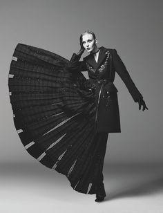 Caroline Trentini in Marc Jacobs